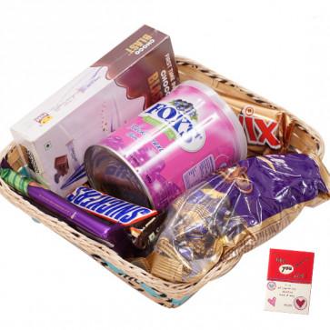 Chocolates Toffee Basket -  1 Pack of Chocolairs, 1 Cadbury Dairy Milk Silk, 1 Snickers, 1 Twix, 1 Pack of Choco Blast, Fox Crystal Clears Tin & Card