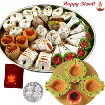 Deepavali Hamper - 4 in 1 Diya Thali, Kaju Mix with Laxmi-Ganesha Coin