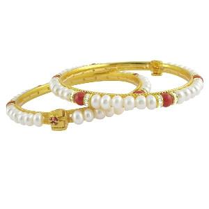 Red Stone Pearl Bangle