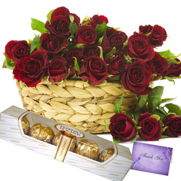 Moment of Love - 20 Red Roses Basket + Ferrero Rocher 5 pcs + Card