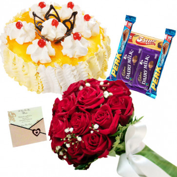 Stunning Feelings - 18 Red Roses, 1/2 Kg Pineapple Cake, 5 Assorted Bars + Card