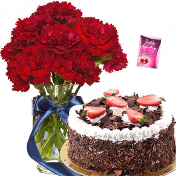 Phenomenal Gifts - 15 Red Carnations in Vase, 1/2 Kg Cake + Card