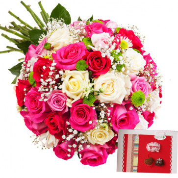 Alluring Flowers - 18 Pink & Red Roses, 4 White Roses  + Card