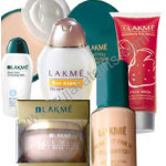Lakme Hamper - 6 - Cleansing Milk + Daily Wear Shuffle + Sun Expert + Strawberry Face Wash + Compact + Foundation