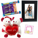 True Love Feeling - Couple Teddy with Heart, Photo Frame, 5 Assorted Bars & Card